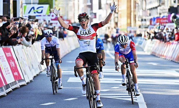 Liège-Bastogne-Liège: Pogacar vence Alaphilippe no sprint