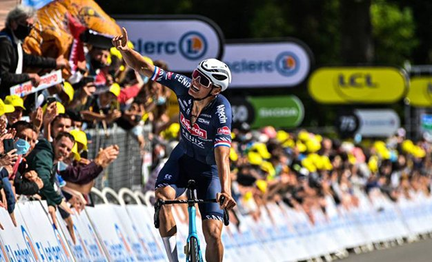 Tour 2021: Van der Poel vence 2ª etapa e é o novo camisa amarela