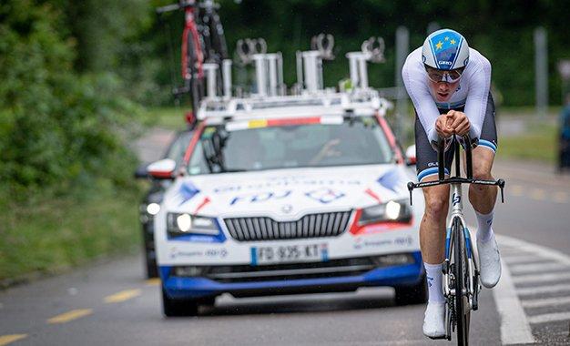 Tour da Suíça: Stefan Küng domina contrarrelógio de abertura