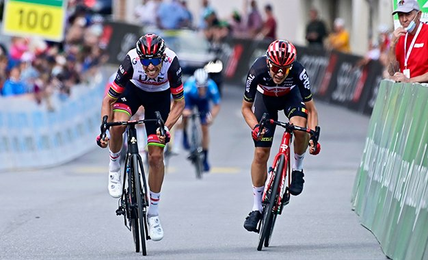 Tour da Suíça: Kron é declarado vencedor da 6ª etapa após sprint irregular de Rui Costa