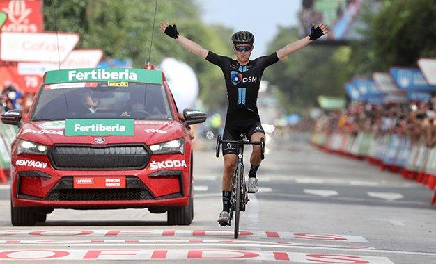 Vuelta 2021: Storer vence 10ª etapa; Roglic cai, Eiking é o novo líder