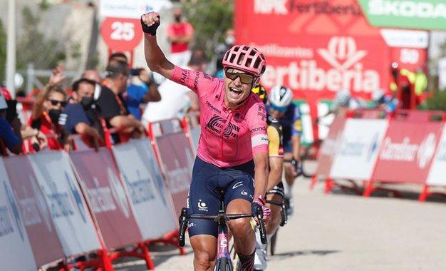 Vuelta 2021: Magnus Cort vence 6ª etapa; Roglic retoma liderança