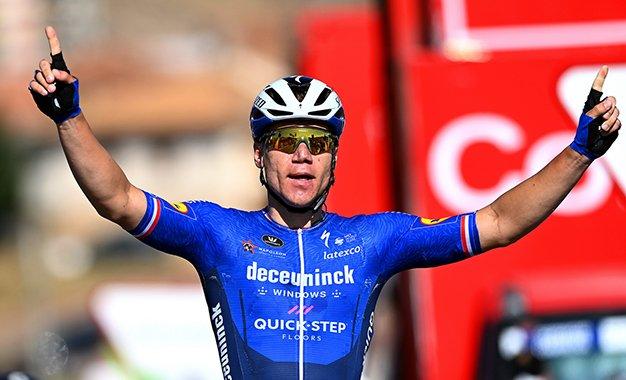 Vuelta 2021: Jakobsen vence a 8ª etapa e retoma a camisa verde