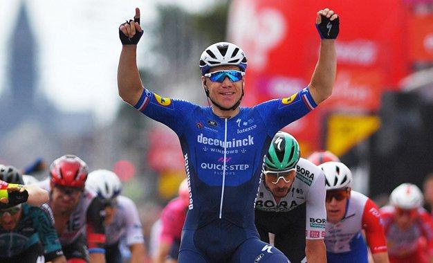 Vuelta 2021: Jakobsen vence 4ª etapa e é o novo camisa verde