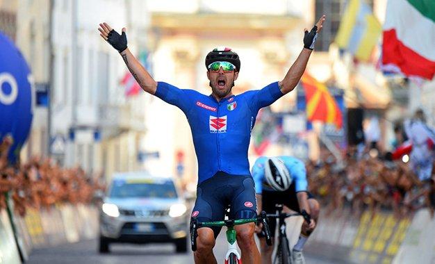 Campeonato Europeu: Colbrelli bate Evenepoel e é o campeão