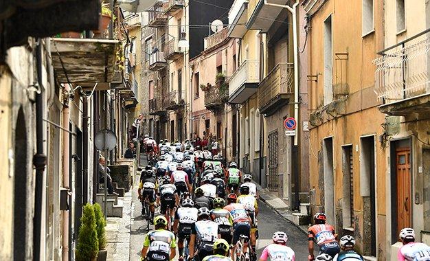 Giro da Sicília terá estrelas e destaques da nova geração